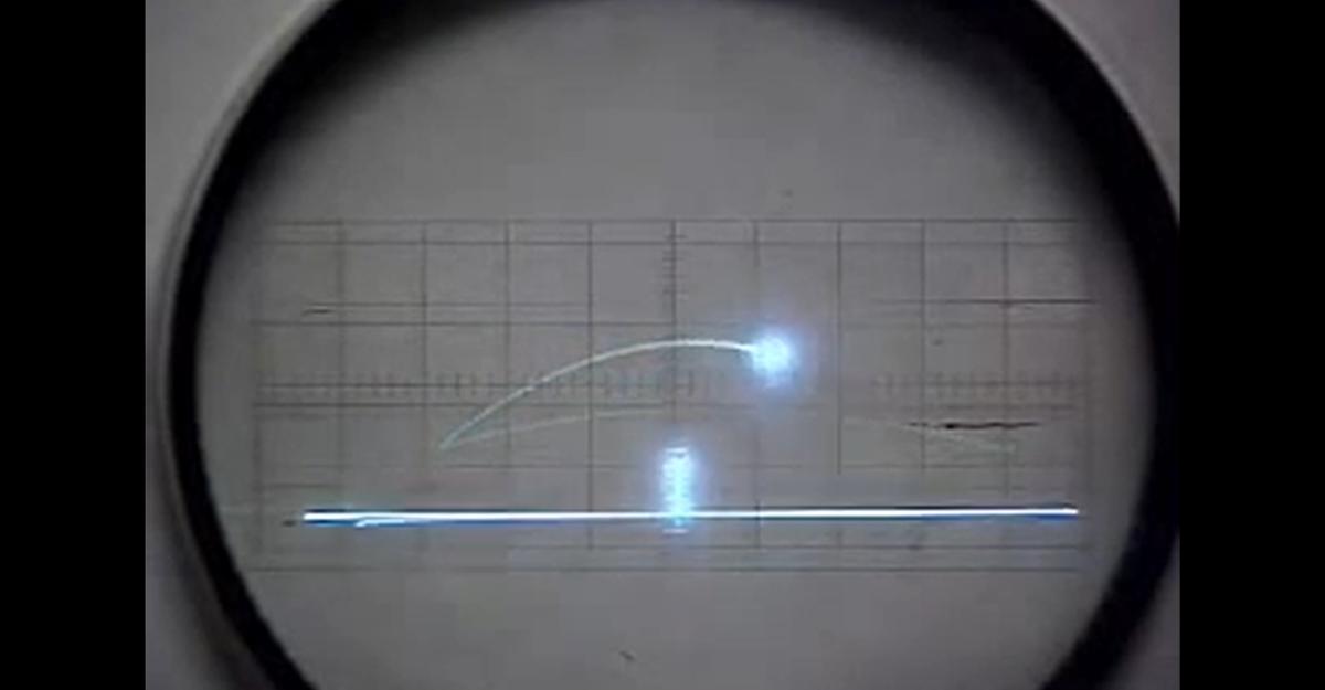 Tennis for Two, l'un des premiers jeux vidéo de l'Histoire tournait sur un... oscilloscope!